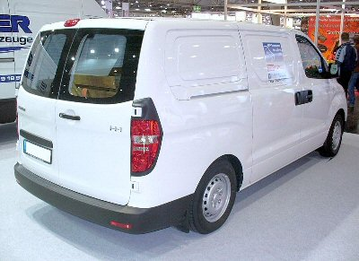hyundai h1 2008 onwards roof rack system mccabe the towbar people. Black Bedroom Furniture Sets. Home Design Ideas